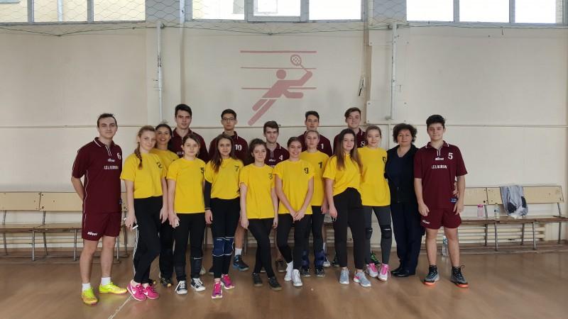 Câștigătorii competiției județene a Olimpiadei Naționale a Sportului Școlar la Volei - Licee! FOTO