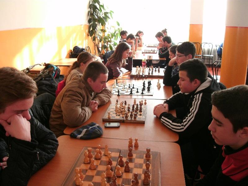 Câştigătorii fazei judeţene la Olimpiada Naţională a Sportului Şcolar la Şah-FOTO