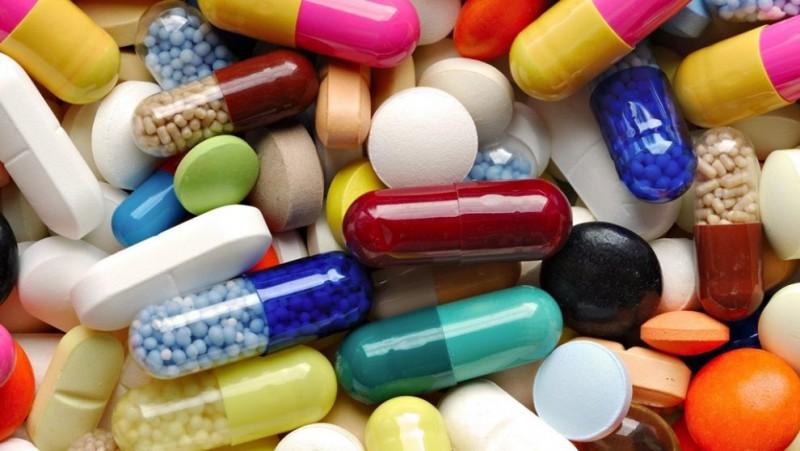 Cât de bolnavi suntem? Dacă vă plac statisticile, aflați că importurile de medicamente ale României au crescut cu 25% în primele cinci luni ale anului!