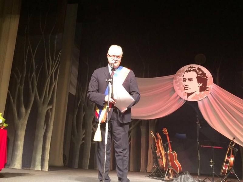 """Cătălin Flutur: """"Numele poeților laureați, precum și valoarea de necontestat și prestigiul juraților, au făcut din acest premiu cea mai râvnită distincție literară"""""""
