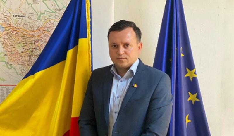"""Cătălin Silegeanu, candidat independent la Primăria municipiului Botoșani, după alegerile locale: V-ați făcut """"nevoile fiziologice"""" pe votul cetățenilor și pe drepturile lor!"""