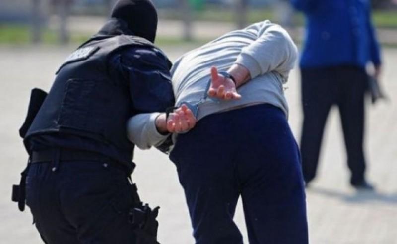 Căutat de magistrații italieni, a fost găsit de polițiști în municipiul Dorohoi!