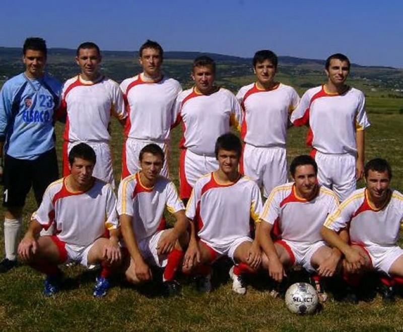 Cavalerii Fluierului joacă în Cupa României