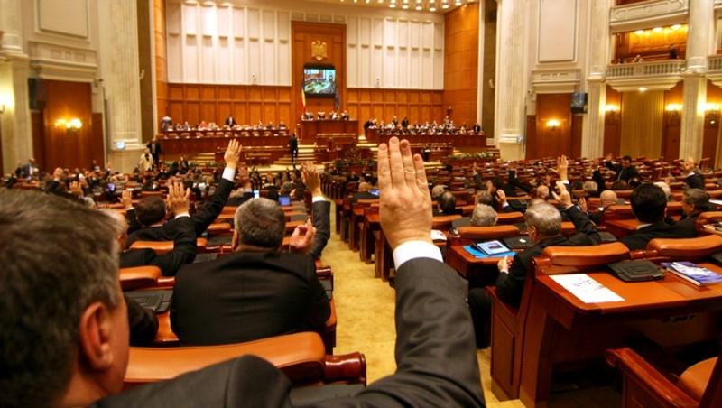 Ce le mai trece prin cap parlamentarilor: primarii să aibă consilieri pentru diaspora! Câte posturi ar fi la Botoșani!