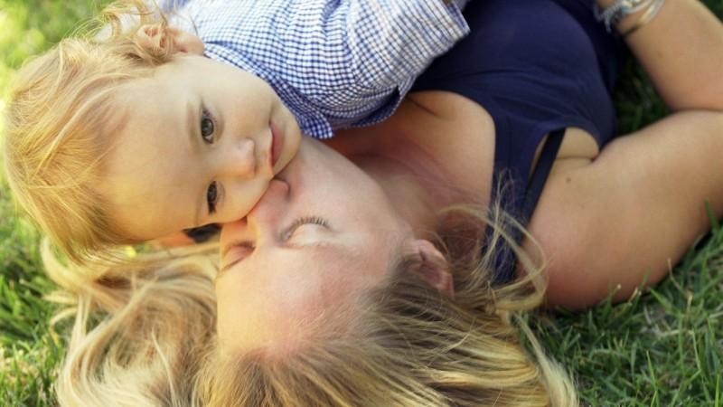 Ce se va întâmpla după referendum cu familiile cu un singur părinte și copii?