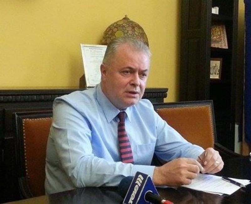 Ce spune primarul Cătălin Flutur despre respingerea finanțării pentru Teatrul M. Eminescu!