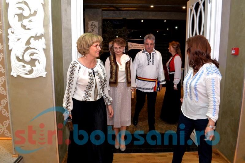 Cei mai tari afaceriști din Botoșani premiați în cadrul unei petreceri în stil românesc-FOTO, VIDEO
