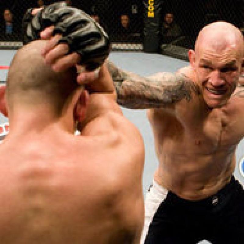 Cel mai rapid knock-out din istoria MMA - video