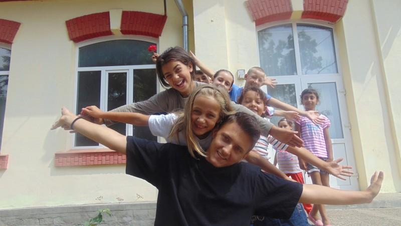 Centrul de Zi pentru Copii din Bucecea organizează Școala de Vară