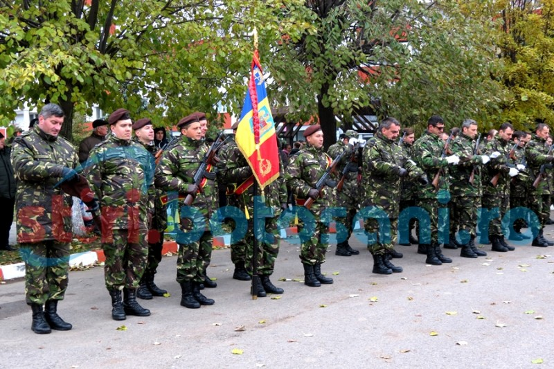Ceremonial militar și religios, organizat la Botoșani, cu ocazia Zilei Armatei Române! FOTO, VIDEO