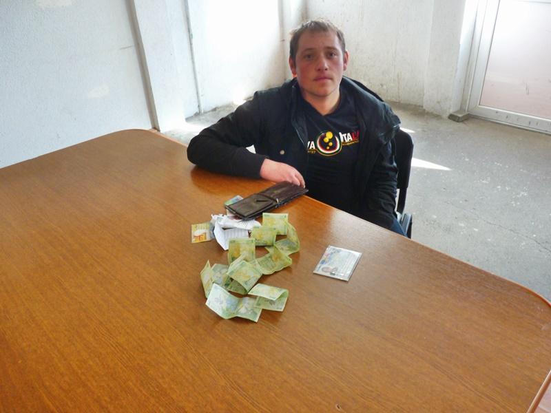 """Bani frumoși câștigați din cerșetorie, la Botoșani! La ce tertipuri apelează """"sărmanii"""" suceveni-FOTO"""