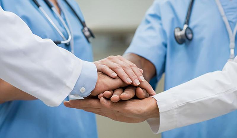 Certificatul COVID, obligatoriu pentru personalul medical! Cei care refuză vaccinarea sau testarea vor avea contractul suspendat