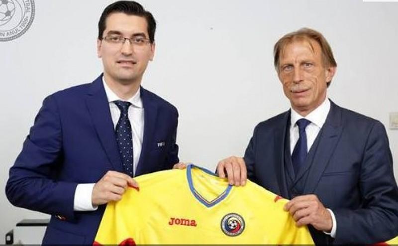 """Christoph Daum este noul selecţioner al naţionalei de fotbal a României: """"Concepţia mea despre fotbal este că vom ataca întotdeauna, vrem să controlăm jocul"""""""