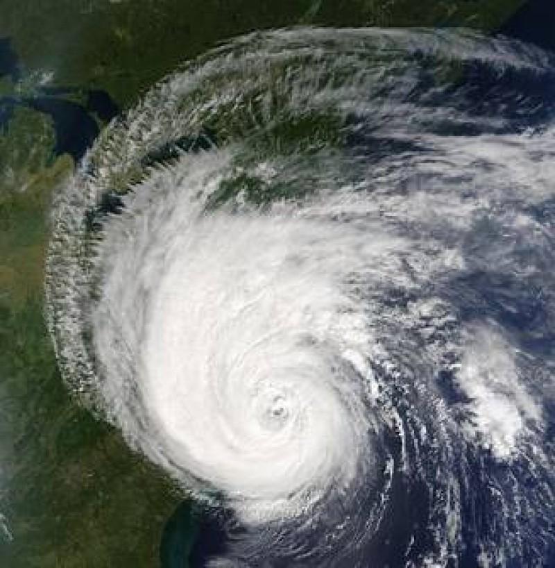 Ciclonul urias de deasupra Italiei nu va lovi Romania, ne linistesc meteorologii