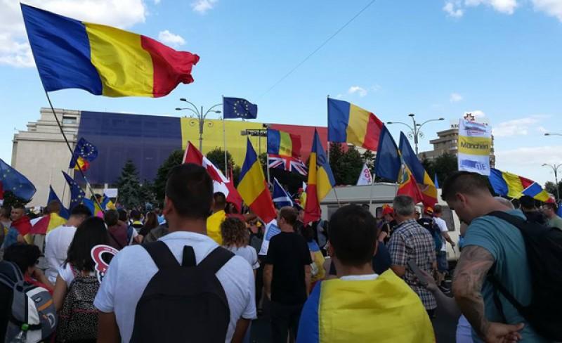 Cifre care nu se pot ascunde! 250.000 de români au emigrat doar în 2018: 40% sunt absolvenţi de studii superioare!