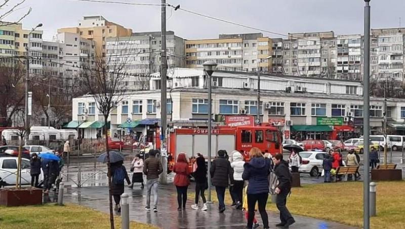 Cifrele falsei alarme cu bombă într-un mall din București: 8 secunde, 5 instituții, 100 de specialiști, 1000 de evacuați. Mesajul STS către populație
