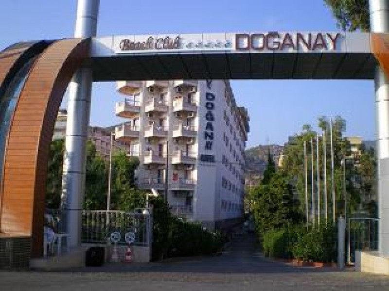 Cinci jocuri de pregătire în Antalya