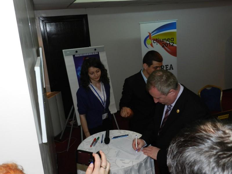 """Cinci parlamentari botoșăneni susțin proiectul """"Aducem Basarabia acasă"""""""