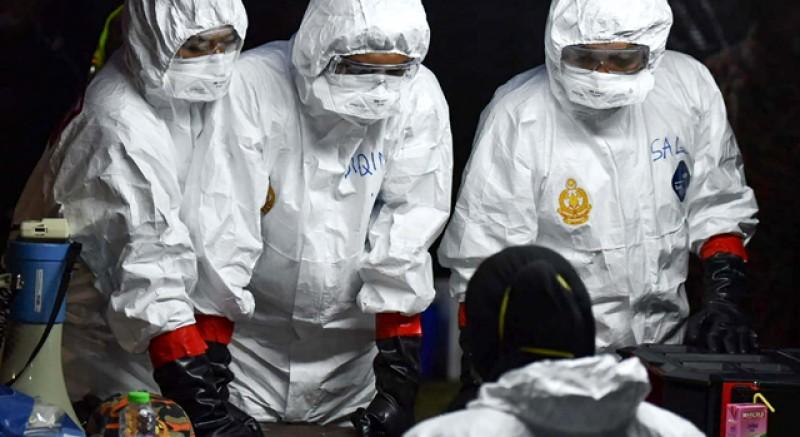 Cine trebuie să se teamă de coronavirus: bătrânii, bărbaţii şi fumătorii