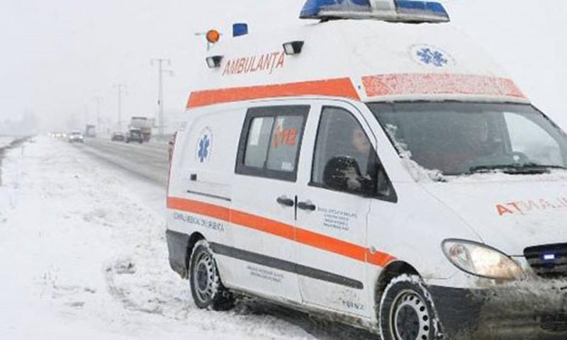 Clipe de groază: O șoferiță a pus în pericol viața a două copile!