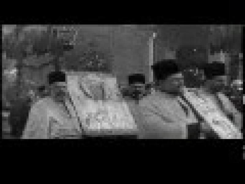 CLIPUL ZILEI: Sfintirea Apelor de Boboteaza in 1932