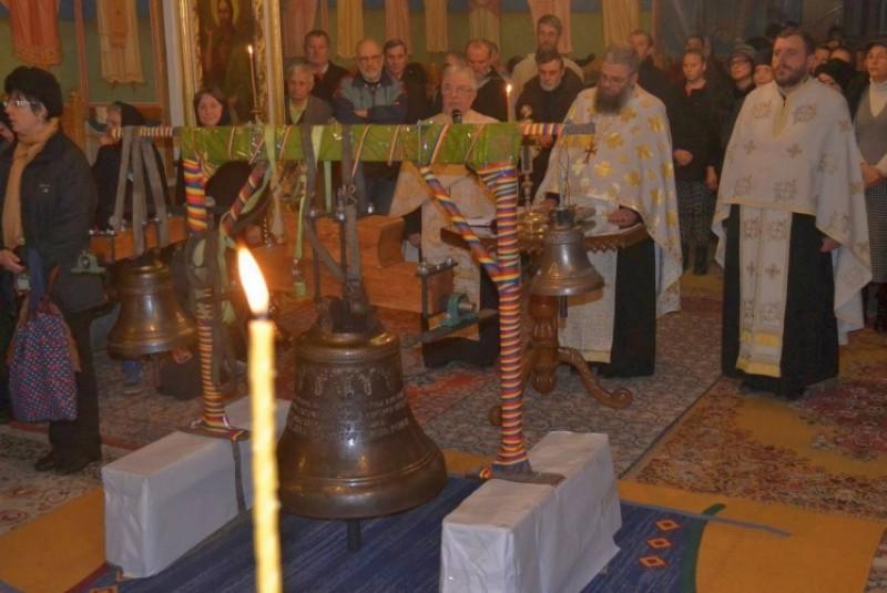 """Clopote noi pentru Biserica """"Sfântul Ioan Botezătorul"""" din Botoşani!"""