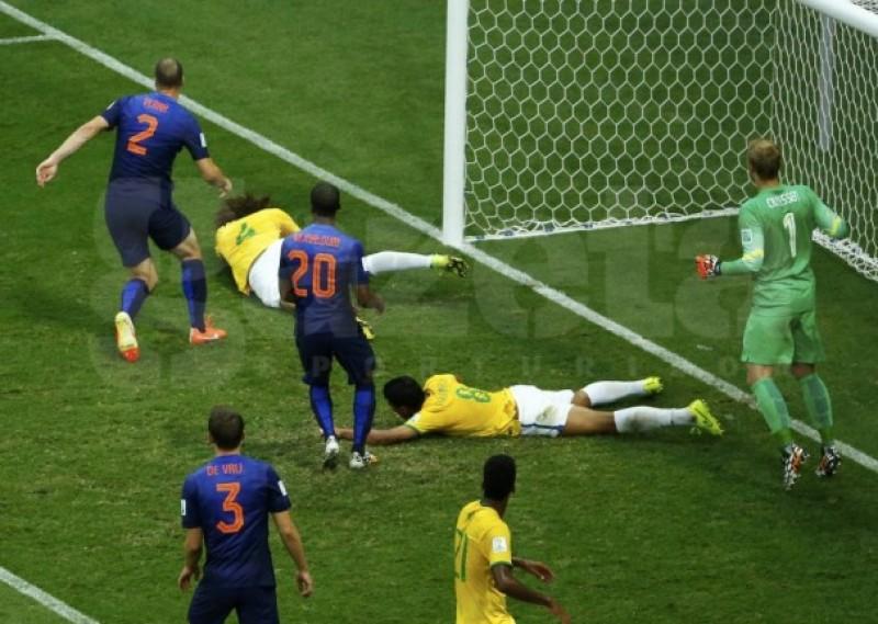 CM 2014: Brazilia s-a făcut de râs şi în finala mică, 0-3 cu Olanda! ASTAZI e finala MARE! - VIDEO