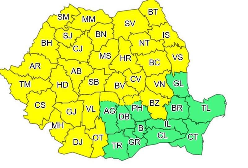 COD GALBEN pentru Botoșani: Ploi torențiale, vijelii, descărcări electrice și grindină!