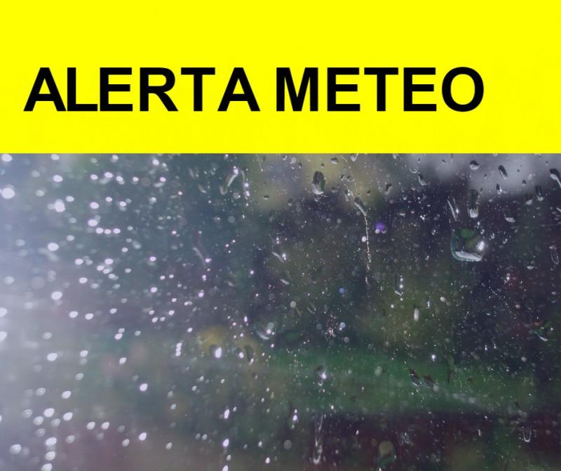 COD GALBEN pentru județul Botoșani: Ploi, descărcări electrice, grindină!