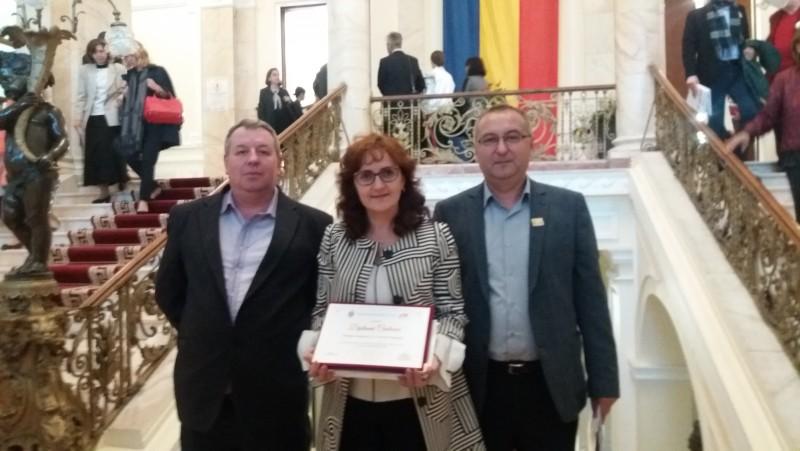 """Colegiul Naţional """"A.T.Laurian"""" Botoșani, la sărbătoarea colegiilor centenare din ţară - FOTO"""