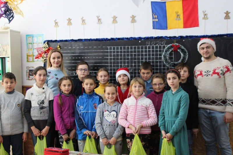 Colinde dulci de la Carrefour Botoșani