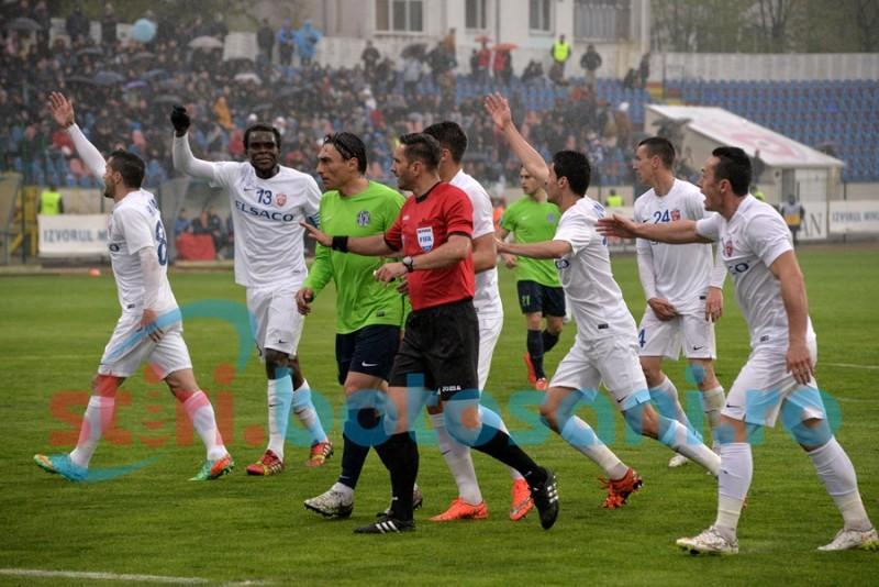 Coltescu a influentat rezultatul meciului dintre FC Botosani si CSMS Iasi! Doua penalty-uri refuzate botosanenilor - VIDEO