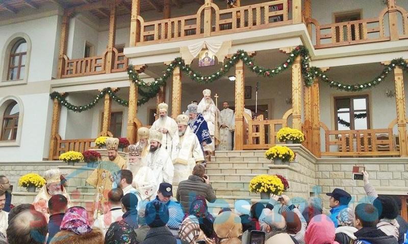 Complex Rediu a asigurat cateringul la sfinţirea Mănăstirii Zosin