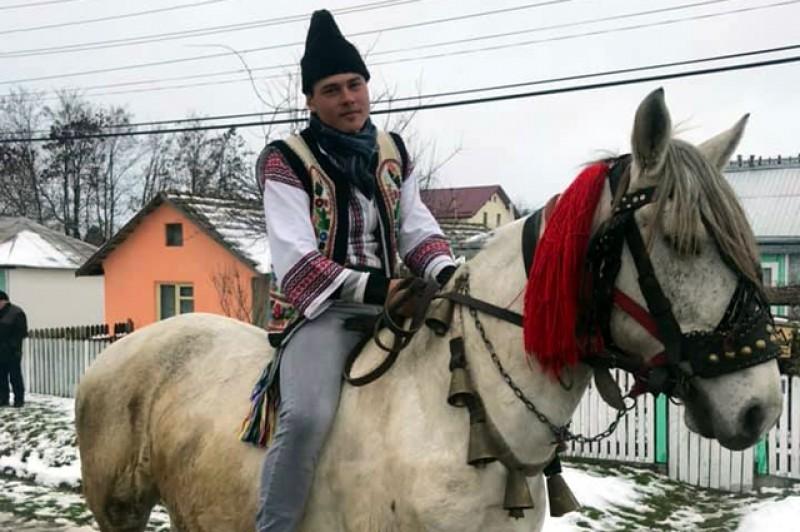 """Comuna Durnești continuă tradițiile. Primarul Vasile Sasu: """"La mulți ani! Haideți să continuăm petrecerile cu Balul Gospodarilor!"""""""