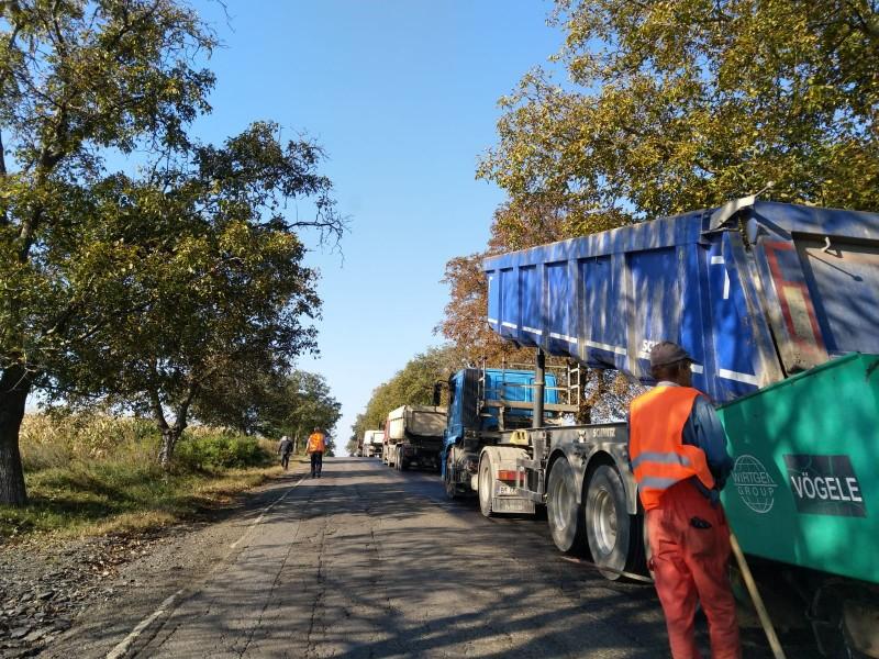 Comunicat - Au început lucrările de modernizare a drumului național DN 29A Cucorăni-Bucecea-Vârfu Câmpului-Siret