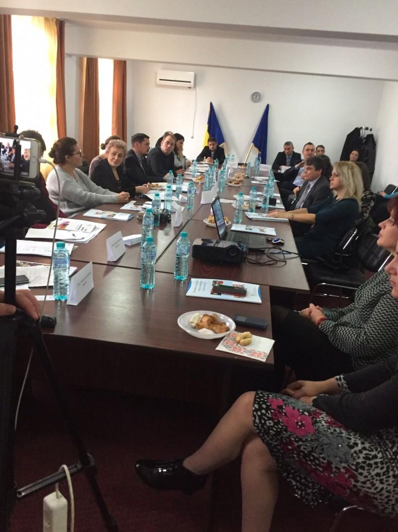 COMUNICAT - Deputatul Tamara Ciofu a organizat prima dezbatere publică cu toate autoritățile locale pentru a crește gradul de integrare a persoanelor cu dizabilități din Botoșani
