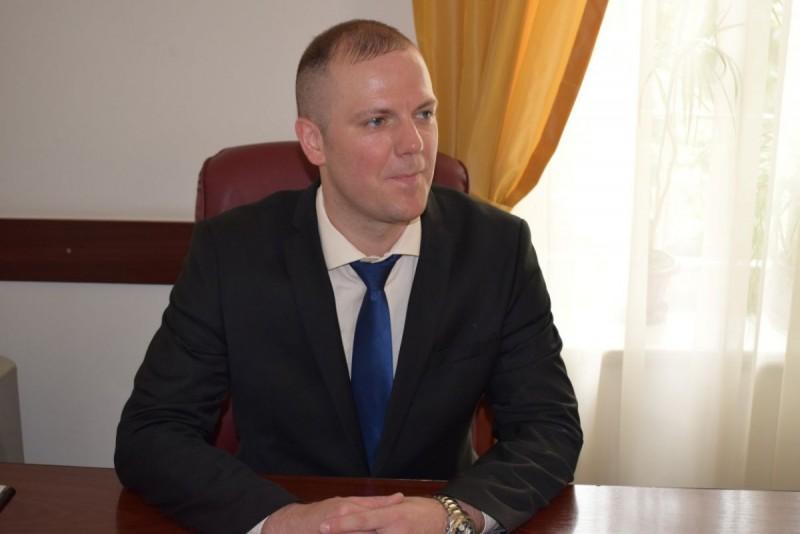 Comunicat - În doi ani de mandat primarul Flutur a blocat toate proiectele consilierilor locali PSD și a alocat doar 5% din fondurile destinate pentru dezvoltarea orașului