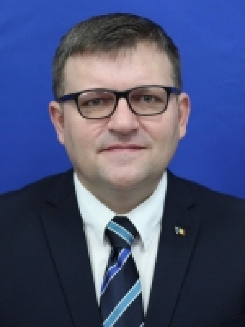 """COMUNICAT Marius Budăi: """"Îi asigur pe botoșăneni că legea salarizării unitare va asigura recunoașterea valorii și muncii fiecăruia"""""""