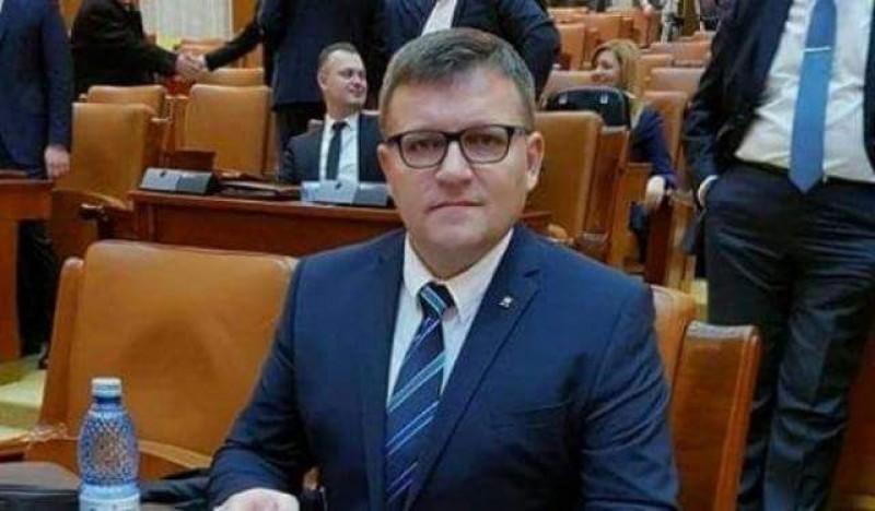 """COMUNICAT - Marius Budăi: """"Agenții economici corecți susțin reforma fiscală. Se reduce numărul taxelor sociale de la 9 la 3"""""""