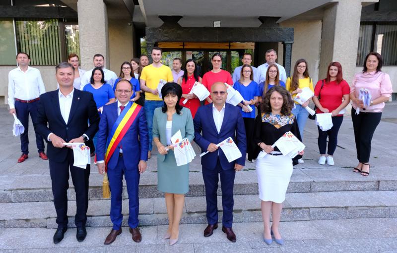 """Comunicat PSD Botoșani: Imnul """"Deșteaptă-te, române!"""" cinstit de social-democrații botoșăneni"""