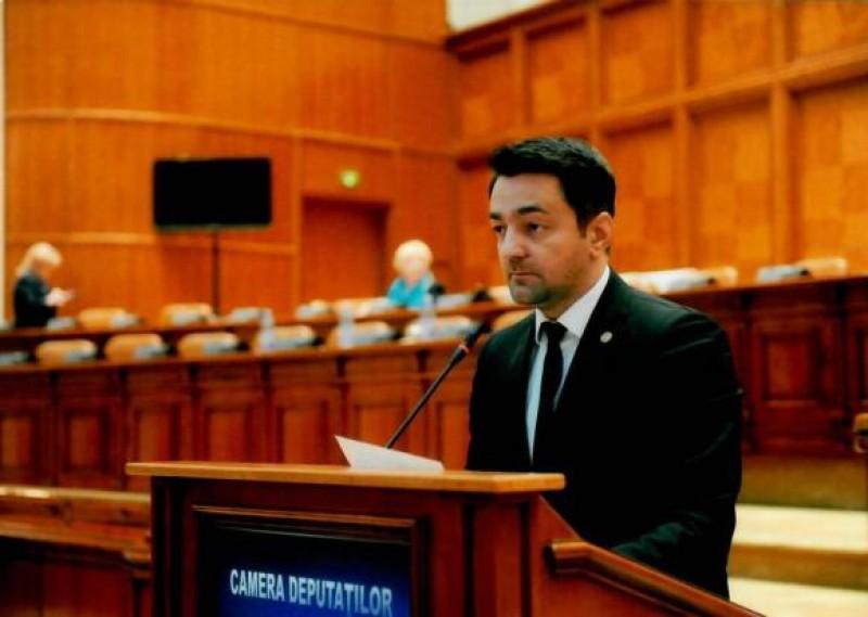 Comunicat PSD: Susţinerea tinerilor prioritatea PSD