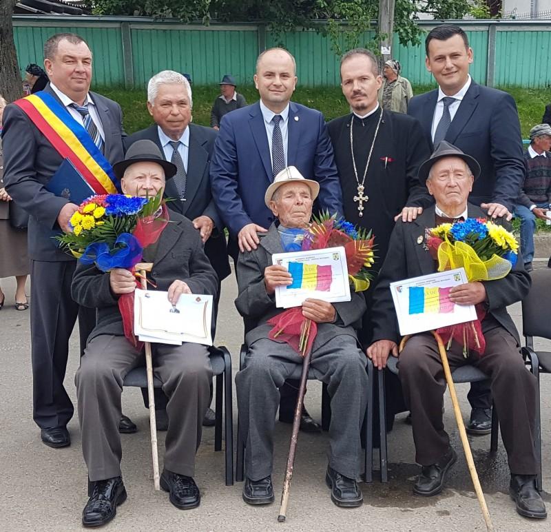 Comunicat PSD: Ziua Eroilor marcată cu onoare în comuna Vlăsinești! FOTO