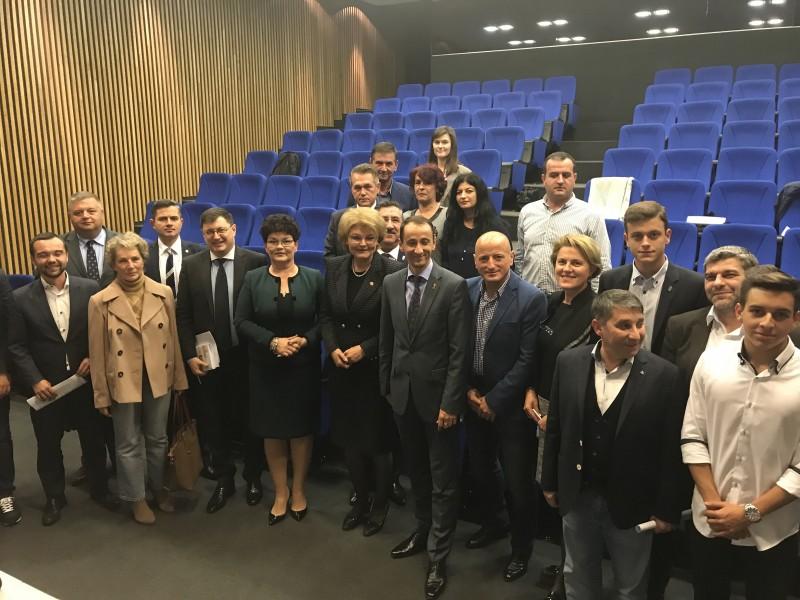 COMUNICAT: Susținere totală pentru inițiativa legislativă a deputatului Mihaela Huncă privind dezvoltarea sportului de masă în cadrul dezbaterii publice de la Comitetul Olimpic și Sportiv Român