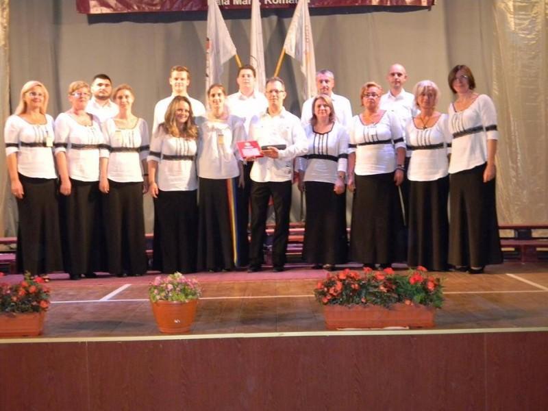 """Concert coral a capella, la Protopopiatul Botoşani, cu Corul de cameră """"Voces""""!"""
