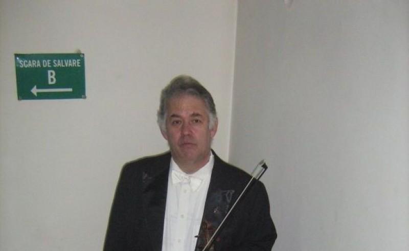 Concertmaestrul Filarmonicii Oradea a murit în pauza concertului de joi, desfăşurat cu sala închisă şi cu trei bisuri