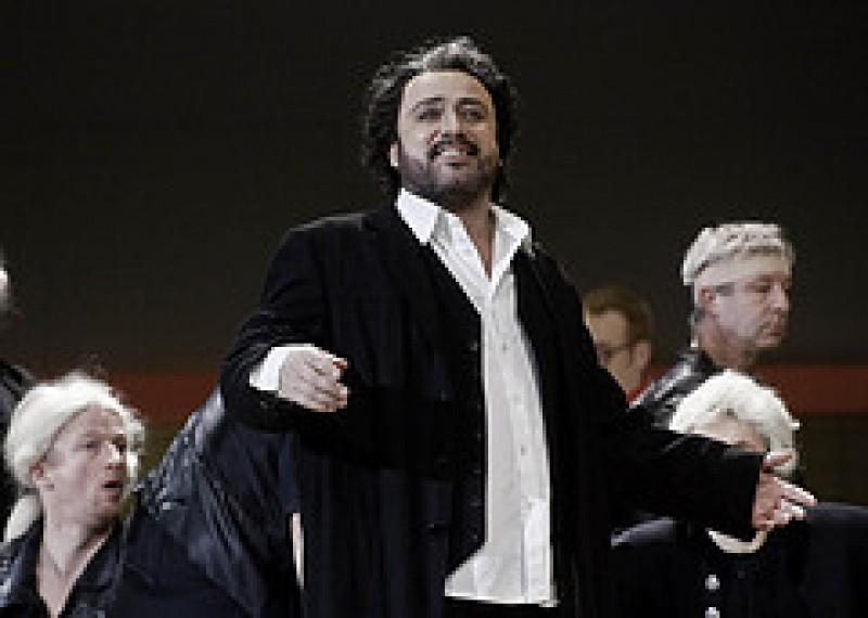 Concertul de Anul Nou cu tenorul Daniel Magdal, din Germania, si balerini ai Operei Nationale din Cluj Napoca VIDEO
