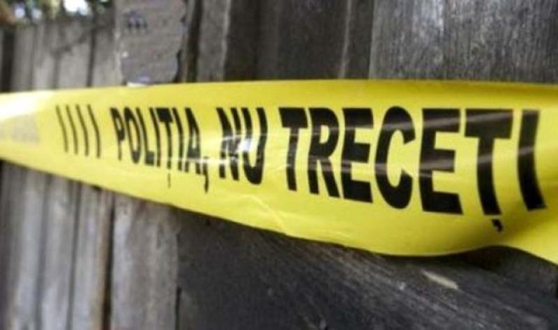Concluzii șocante după cercetările polițiștilor la Dorohoi: Bătrânul găsit mort ieri a fost ucis cu sălbăticie