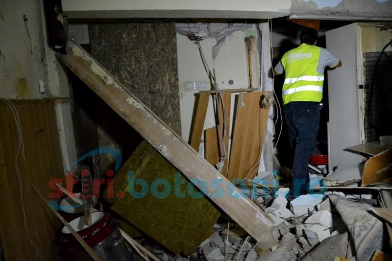 Concluziile contraexpertizei: Locatarii din blocul afectat de explozia de pe Primăverii SE POT întoarce în apartamente!