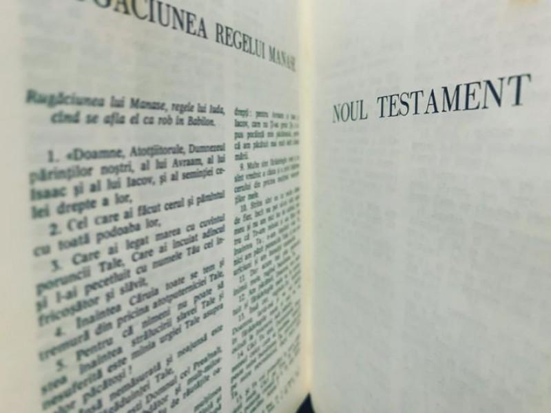 Concurs de cunoaștere a Noului Testament, dedicat adolescenților, la Arhiepiscopia Iașilor