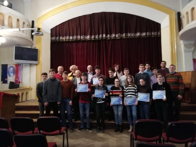 """Concursul """"Octav Onicescu"""": 60 de tineri matematicieni s-au întrecut la Botoșani! FOTO"""